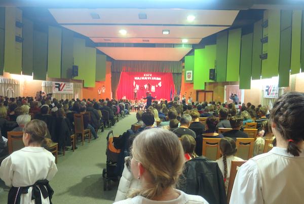 2347-600-publika