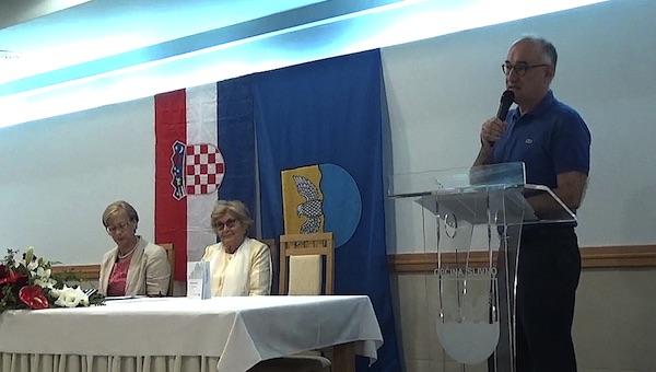 Laureat susreta Maslini u lice Drago Štambuk / Fotografija Miljenko Brezak