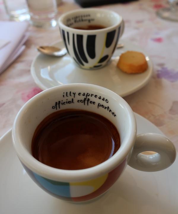 Jučerašnja kava u malinskarskoj Beleci / Fotografija Božica Brkan