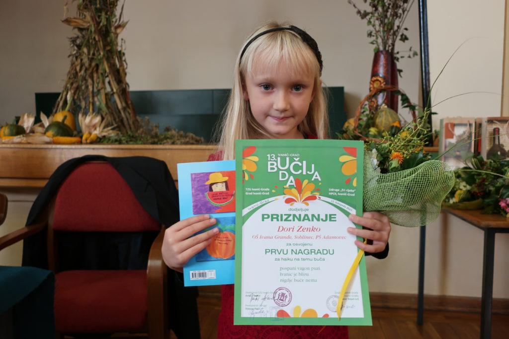 Prvašica Dora Zenko već mala nagrađena pjesnikinja / Fotografija Miljenko Brezak