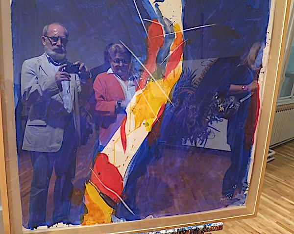 Zrcaljenje: Miljenko Brezak i Božica Brkan u slice Ede Murtića / Fotografija Miljenko Brezak