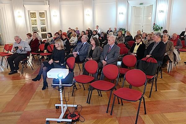 Dio publike u Velikoj dvorani Novinarskoga doma (Fotografija Miljenko Brezak)