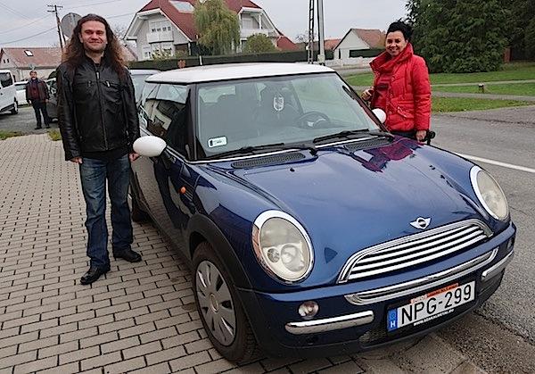 Siniša Matasović iskoristio je priliku da se provoza u minimorisu Timee Horvat i da to ovjekovječimo ? Fotografija Miljenko Brezak