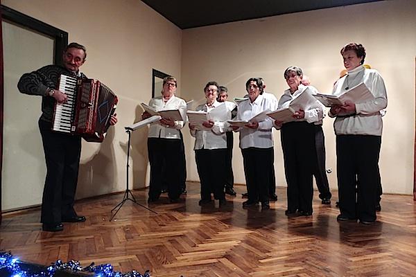 Pjevao je i zbor Udruge Radost / Fotografija Miljenko Brezak