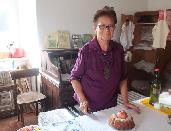 Mirjana Pleše sakuplja stare stvari, riječi i recepte te peče starinsku kuglof / Fotografija Miljenko Brezak