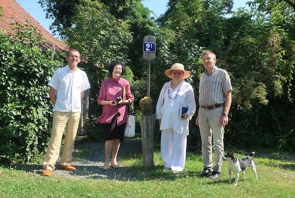 S ocjenjivanja: TOmislav Horjan, marija Krušelj, Božica Brkan, Milan Kebet i pas Di si? (Fotografija Miljenko Brezak)