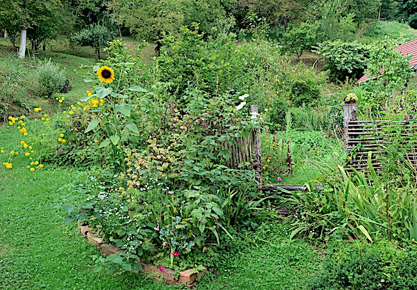 Lepa Vas: dio nekaj najljepšega tradicijskog vrta Stjepana Grdena (Fotografija Miljenko Brezak)