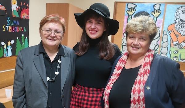 Magdalena s navijačicama Božicom Brkan i svestrano talentiranom bakom Nadom Tučkar / Fotografija Miljenko Brezak