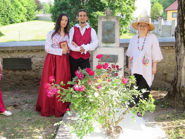 Za uspomenu na Samobor: Božica Brkan na grab Julije Chantilli s Vrazom i Ljubicom