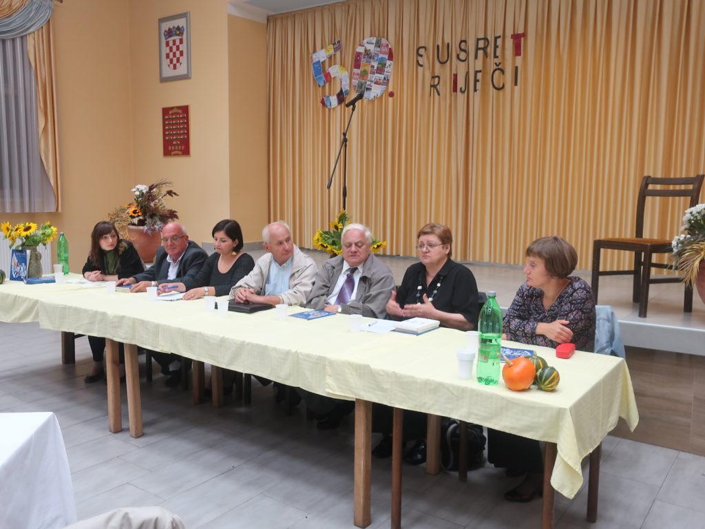 S okrugloga stola u Poznanovcu o 50 godina Susreta riječi / Fotografija Miljenko Brezak