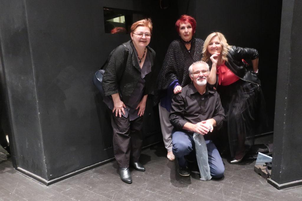 S organizatorima večeri Pjesnikinje u Lisinskom Anom Horvat i Slavkom Nedićem / Fotografija Miljenko Brezak